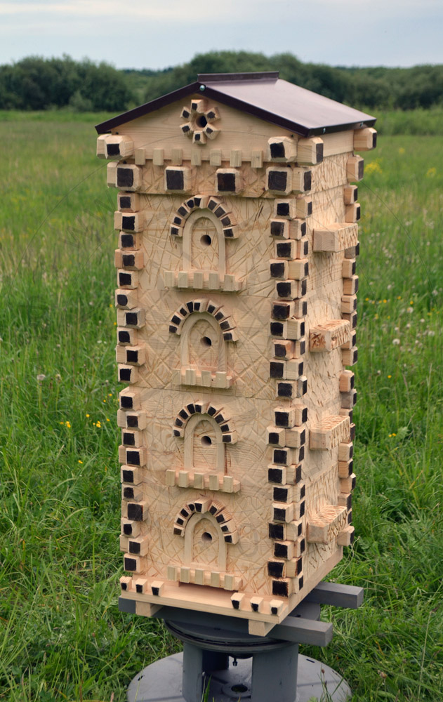 Hives for the soul : Top bars Warre beehive - castle tower